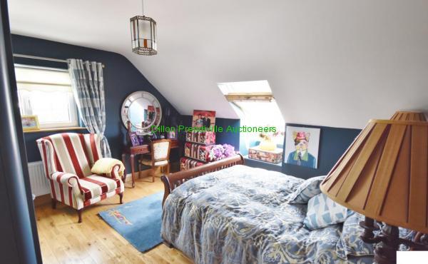 R Bedroom 3 (1)