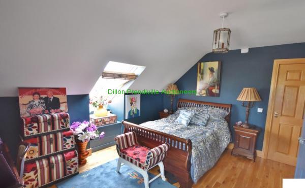R Bedroom 3 (3)
