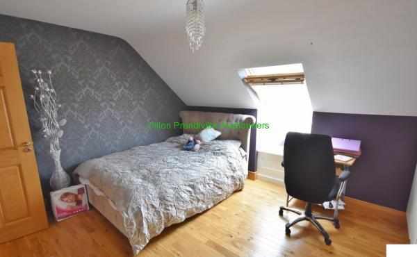 S Bedroom 2 (2)
