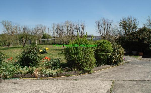 Lisselton Cross IN 260421 (9)